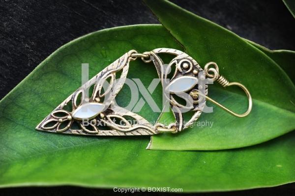 Earring in Green Leaf