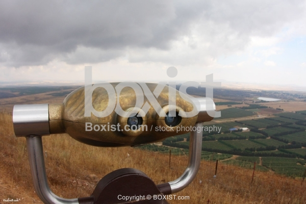 Binoculars Landscape Coin Operated