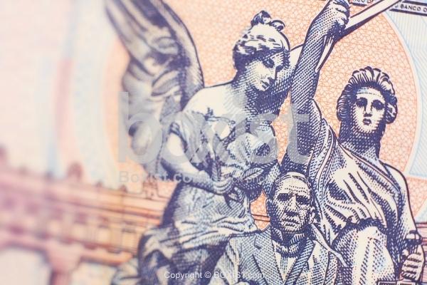 Hemiciclo A Juarez On Mexican Money