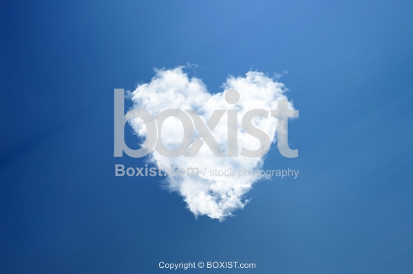 Love Heart In The Clouds