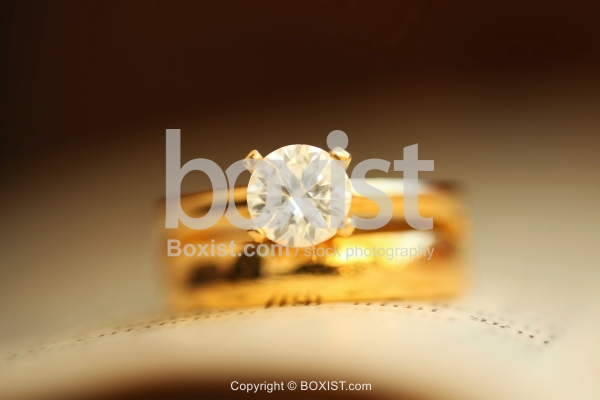 Gold Ring With Crystal Circle